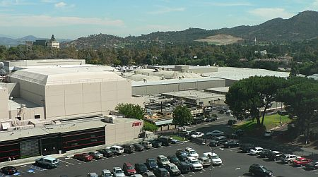 20061003_Burbank_office.jpg