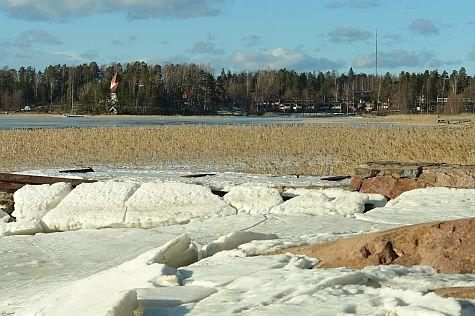 Espoo shore, across