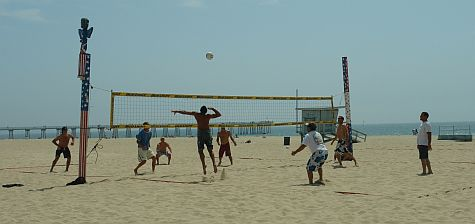 Volleyball at Hermosa Beach