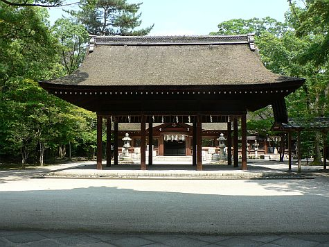 20070725_Hillwalker_Toyokuni_Shrine_offering_hall.jpg