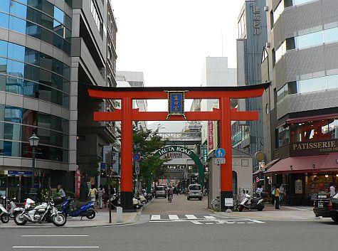 20070726_Kobe_shinto_torii.jpg