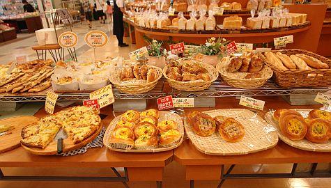 20070726_Yamato-Saidaiji_Jusco_bakery.jpg