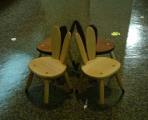 20070729_CraftsGallery_kids_chairs.jpg