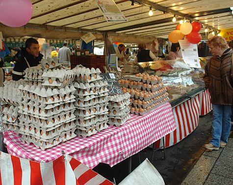 20071209_Bastille_Market_eggs.jpg
