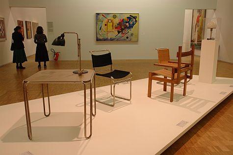20071209_Dell_Breuer_chairs_Kandinsky_Gelb-Rot-Blau.jpg