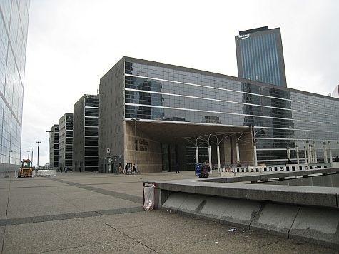 20071210_La_Defense_office_boxes.jpg
