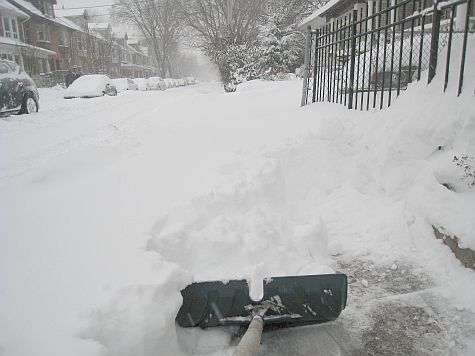 20071216_Booth_Avenue_shovel.jpg