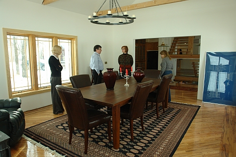 20080214_Fairfield165th_diningroom.jpg
