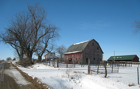 20080215_Fairfield165th_house_barn.jpg