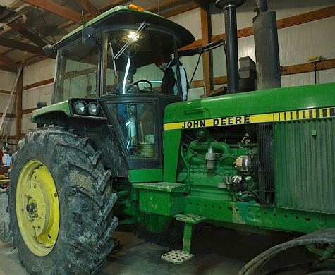 20080215_Fairfield195th_tractor.jpg