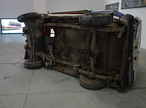 DI_20080309_798ArtZone_car_crash_bottom.jpg