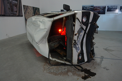 DI_20080309_798ArtZone_car_crash_front.jpg