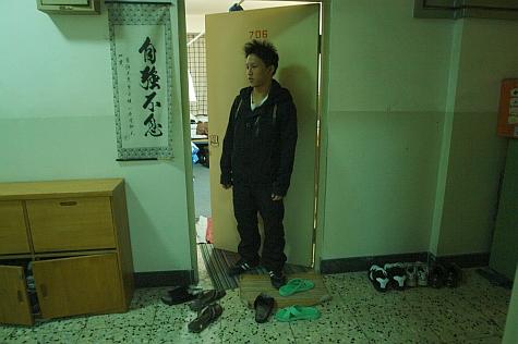 DI_20080309_RenDa_hallway_doorway.jpg