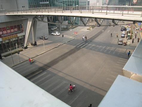 DI_20080310_Haidian_pedestrian_overpass.jpg