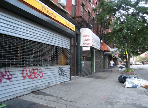 DI_20080813_HellsKitchen_9thAve_eastside_s_of_49th_.jpg