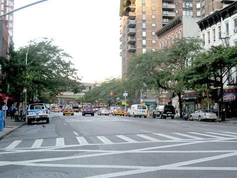 DI_20080813_HellsKitchen_9thAve_s_eastview_at_44th.jpg