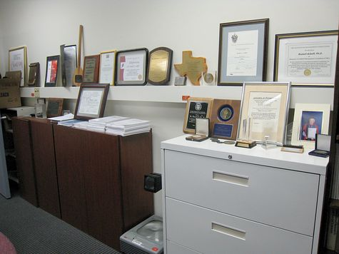 DI_20080815_OrgDyn_Ackoff_plaques.jpg