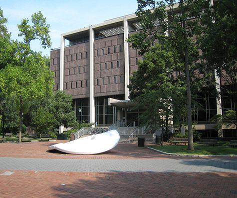 DI_20080815_UPenn_canoe.jpg