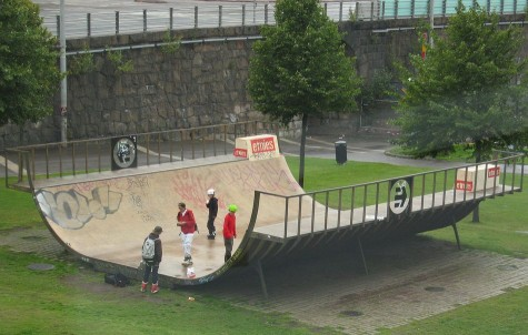 DI_20080824_Kiasma_skateboard_ramp.jpg