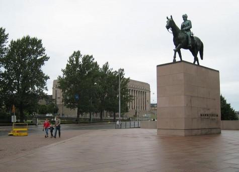 DI_20080824_Mannerheim_statue.jpg