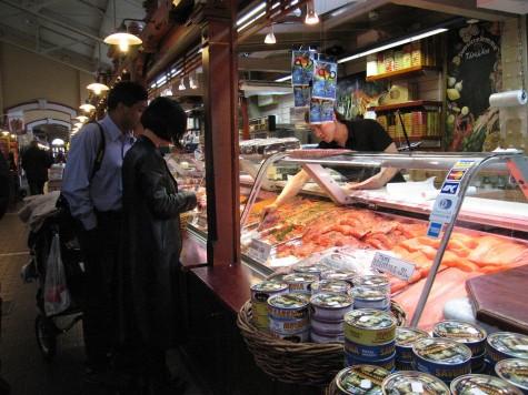 di_20080825-103534-helsinki-kauppatori-salmon