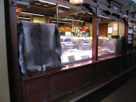 di_20080825-103618-helsinki-kauppatori-furs