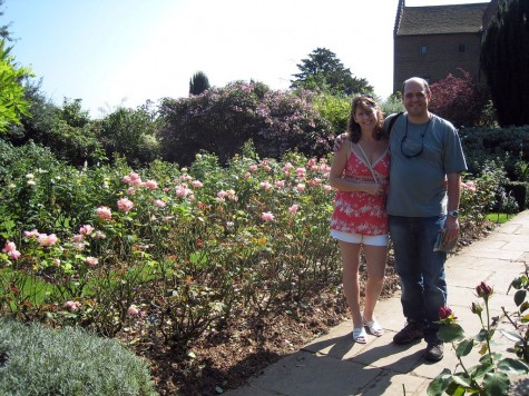 di_20080830-090746-chartwell-rose-garden-nb-mng