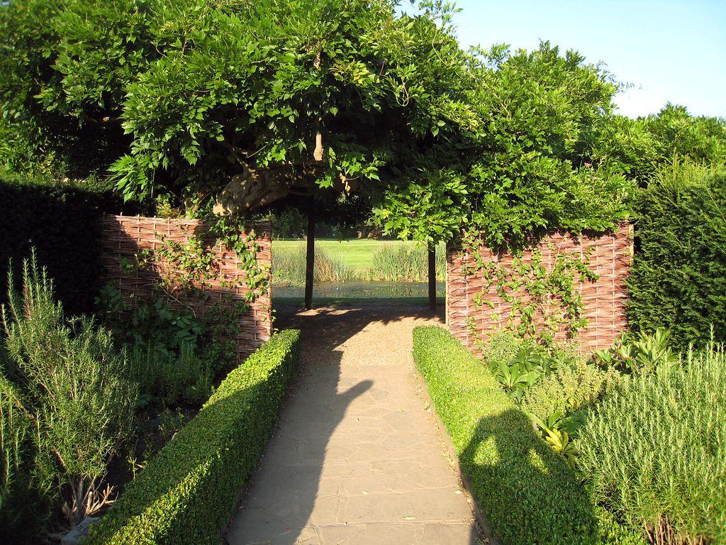 2008/08/30 Hever Castle: Home Of Anne Boleyn