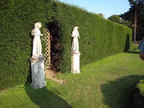di_20080830-125750-hevercastle-garden