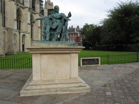 DI_20080910 114352 York Constantine bronze