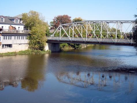DI_20080924 134306 Elora GrandRiver MetcalfStreet bridge