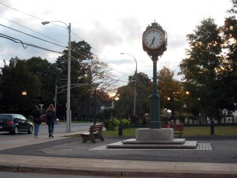 DI_20081001 173548 Wolfville Clock Park